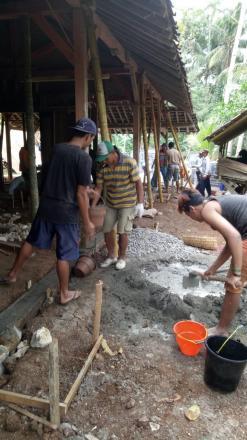 Semangat Kerukunan Masyarakat Desa Ngembel dalam Gotong Royong Pembangunan Rumah Warga